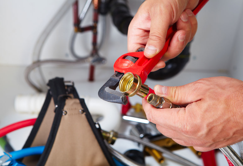 Petits travaux de bricolage -artisan plombier