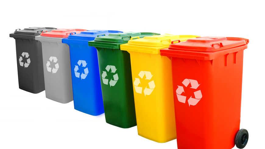 Sortie et entrée des containers poubelles aux jours et heures prévus par la voirie